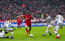 16.03.2016, Allianz Arena, Muenchen, GER, UEFA CL, FC Bayern Muenchen vs Juventus Turin, Achtelfinale, Rueckspiel, im Bild v.l. Patrice Evra (Juventus), Thomas Müller (FC Bayern Muenchen), Álvaro Morata (Juventus), Andrea Barzagli (Juventus) // during the UEFA Champions League Round of 16, 2nd Leg match between FC Bayern Munich and Juventus Turin at the Allianz Arena in Munich, Germany on 2016/03/16. EXPA Pictures © 2016, PhotoCredit: EXPA/ Johann Groder