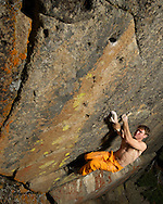 Jake Novotny repeating his route Double Rainbow, Lake Tahoe