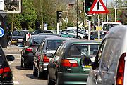 Nederland, Apeldoorn, 19-4-2007..Drukte op de kruising Stationsstraat-Kalverstraat in het centrum van de stad. Apeldoorn wil een elektronisch betaalsysteem invoeren voor automobilisten die zich in het centrum ophouden...Foto: Flip Franssen/Hollandse Hoogte
