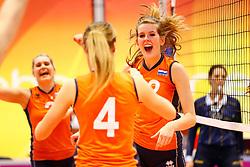 20140425 NED: Jong Oranje Vrouwen - Montenegro, Arnhem <br /> Tessa Polder (12) The Netherlands <br /> ©2014-FotoHoogendoorn.nl / Pim Waslander