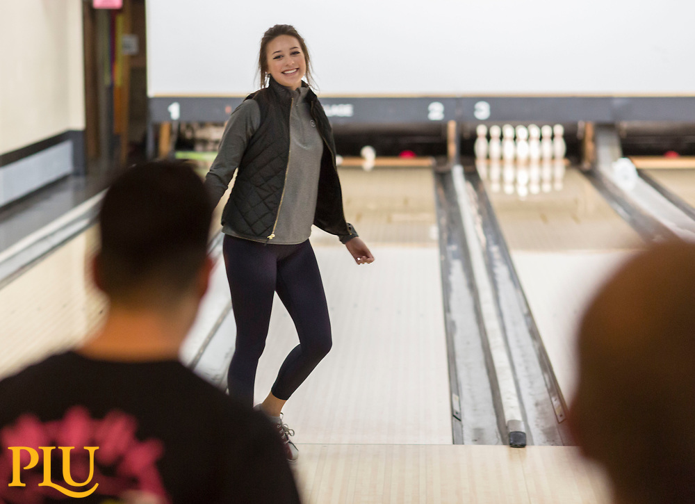 Bowling Physical Education class taught by Lynn Tucker at Paradise Bowling Lanes near PLU, Thursday, Jan. 11, 2018. (Photo: John Froschauer/PLU)