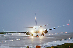 © Licensed to London News Pictures. 13/03/2019. Leeds UK. An Ryanair aircraft struggles to land in very strong cross winds at Leeds Bradford airport in Yorkshire this morning as storm Gareth hits the UK. Photo credit: Andrew McCaren/LNP
