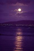 Moonrise over Koko Head, Oahu, Hawaii<br />