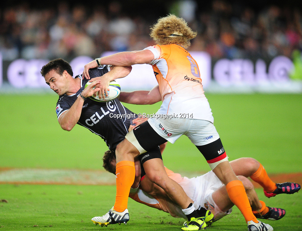 Heimer Williams of the Sharks battles Willie Britz of the Cheetahs during the 2015 Super Rugby Sharks match between Sharks and Cheetahs at the Kings Park Stadium in Durban on the 14th of February 2015<br /> <br /> &copy;Sabelo Mngoma/BackpagePix