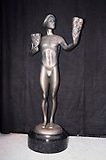 Atmosphere, SAG-Awards Statue