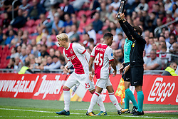 (L-R) Kasper Dolberg of Ajax, Justin Kluivert of Ajax during the Dutch Eredivisie match between Ajax Amsterdam and FC Groningen at the Amsterdam Arena on August 20, 2017 in Amsterdam, The Netherlands