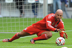 09.08.2014, Allianz Arena, Muenchen, GER, 1. FBL, FCB AllStars vs ManUtd. Legends, im Bild Neuzugang Torwart Pepe Reina (FC Bayern Muenchen) // during a Friendly Match between FCB AllStars and ManUtd. Legends at the Allianz Arena in Muenchen, Germany on 2014/08/09. EXPA Pictures © 2014, PhotoCredit: EXPA/ Eibner-Pressefoto/ Stuetzle<br /> <br /> *****ATTENTION - OUT of GER*****