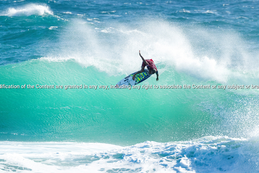 Defending event winner Owen Wright (AUS) advances to Round 4 of the Quiksilver Pro Gold Coast after winning Heat 1 of Round 3 at Snapper Rocks, Gold Coast, QLD, Australia. . FOR EDITORIAL NEWS USE ONLY