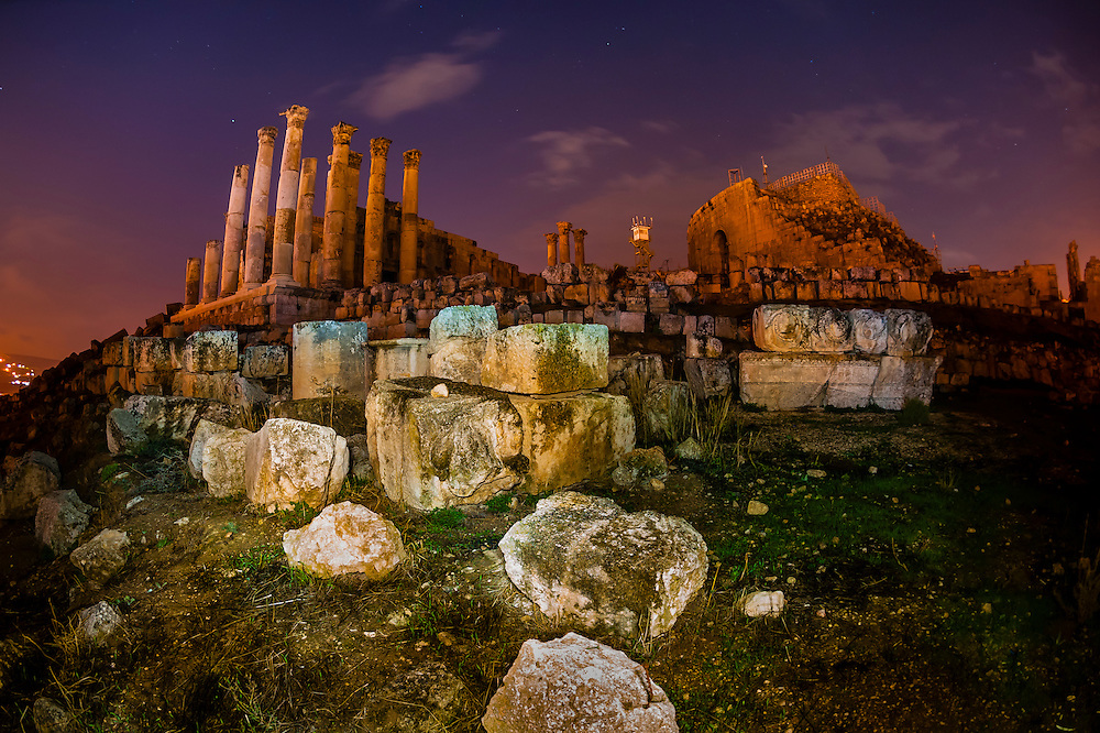 Temple of Zeus at night, Greco-Roman ruins, Jerash, Jordan.
