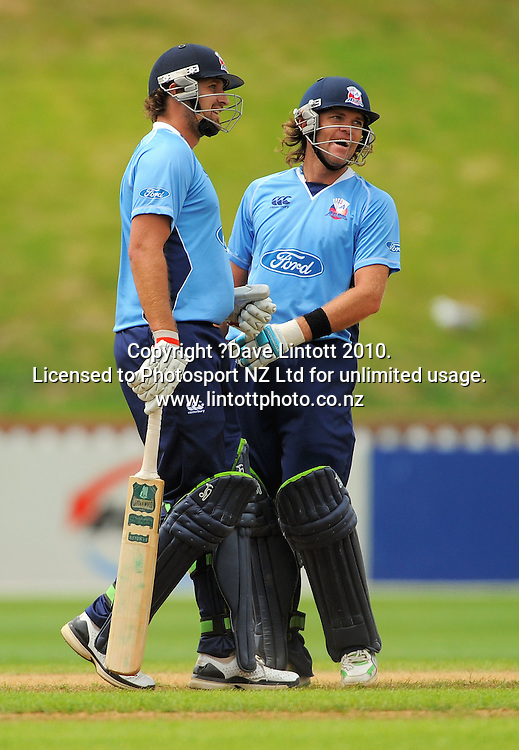 Auckland's Greg Todd and Lou Vincent. One Day cricket - Wellington Firebirds v Auckland Aces at Allied Nationwide Finance Basin Reserve, Wellington on Wednesday, 2 February 2011. Photo: Dave Lintott / photosport.co.nz
