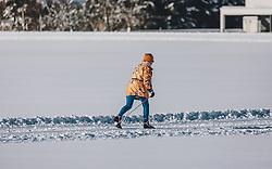 THEMENBILD - Langläuferin auf einer Loipe, aufgenommen am 06. Februar 2020 in Zell am See, Oesterreich // Cross-country skier on a trail, in Zell am See, Austria on 2020/02/06. EXPA Pictures © 2020, PhotoCredit: EXPA/Stefanie Oberhauser