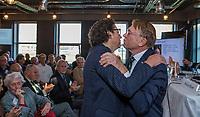 UTRECHT -  De nieuwe NGF President, Caroline Huyskes-Van Doorne met rechts  aftredend president, Willem Zelsmann,   Algemene Ledenvergadering van de Nederlandse Golf Federatie NGF.   COPYRIGHT KOEN SUYK