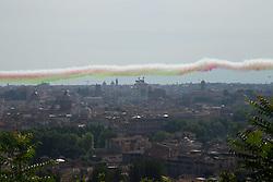 June 2, 2017 - Rome, Italy - On the occasion of the celebrations of anniversary of Italian Republic, the Tricolor Arrows overtake Rome. (Credit Image: © Matteo Nardone/Pacific Press via ZUMA Wire)