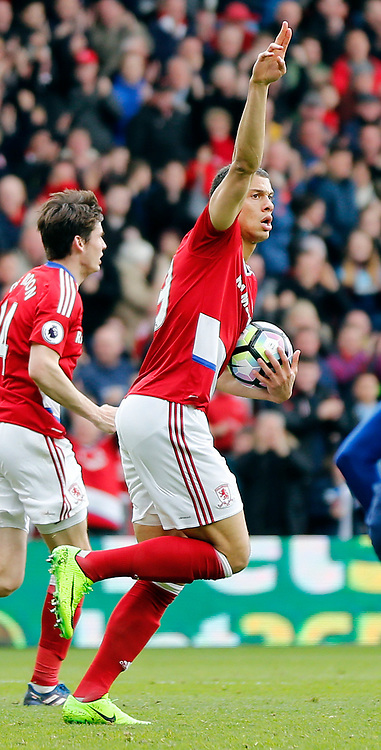19.03.2017, Riverside Stadium, Middlesbrough, ENG, Premier League, FC Middlesbrough vs Manchester United, 29. Runde, im Bild Rudy Gestede (29) of Middlesbrough celebrates scoring to make it 1-2 // Rudy Gestede (29) of Middlesbrough celebrates scoring to make it 1-2 during the English Premier League 29th round match between FC Middlesbrough and Manchester United at the Riverside Stadium in Middlesbrough, Great Britain on 2017/03/19. EXPA Pictures &copy; 2017, PhotoCredit: EXPA/ Focus Images/ Simon Moore<br /> <br /> *****ATTENTION - for AUT, GER, FRA, ITA, SUI, POL, CRO, SLO only*****