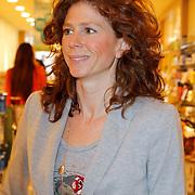 NLD/Amsterdam/20120424 - Lancering juwelenlijn Wishes by Rossana Kluivert-Lima, Barbara Barend