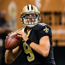 Nov 5, 2017; New Orleans, LA, USA; New Orleans Saints quarterback Drew Brees (9) warms up before a game against the Tampa Bay Buccaneers at the Mercedes-Benz Superdome. Mandatory Credit: Derick E. Hingle-USA TODAY Sports