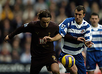 Photo: Jonathan Butler.<br /> Reading v Tottenham Hotspur. The Barclays Premiership. 12/11/2006.<br /> Dimitat Berbatov of Tottenham and Glen Little fights for the ball.