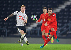 DERBY, ENGLAND - Monday, November 28, 2016: Liverpool's Pedro Chirivella in action against Derby County during the FA Premier League 2 Under-23 match at Pride Park. (Pic by David Rawcliffe/Propaganda)