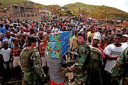 """October 16, 2016 - Mexico - EUM20161016NAC28.JPG.TIBURÃ""""N, HAITÍ.- Huricane/Huracán-Haití.-  16 de octubre de 2016.-  La ayuda humanitaria que llevó la organización Medair resultó insuficiente para los damnificados. Foto: Agencia EL UNIVERSAL/Jorge Serratos/RCC (Credit Image: © El Universal via ZUMA Wire)"""