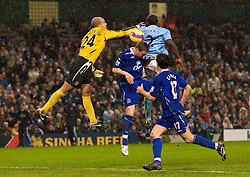 MANCHESTER, ENGLAND - Monday, February 25, 2008: Everton's goalkeeper Tim Howard and Manchester City's Micah Richards during the Premiership match at the City of Manchester Stadium. (Photo by David Rawcliffe/Propaganda)