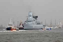 09.05.2013, Hafen, Hamburg, GER, 824. Hafengeburtstag Hamburg, Einlaufparade, im Bild Zerst??rer D36 Defender der britischen Marine, , // during the opening parade of the 824th Hamburg Harbour Birthday, Germany on 2013/05/09. EXPA Pictures © 2013, PhotoCredit: EXPA/ Eibner/ Andre Latendorf..***** ATTENTION - OUT OF GER *****
