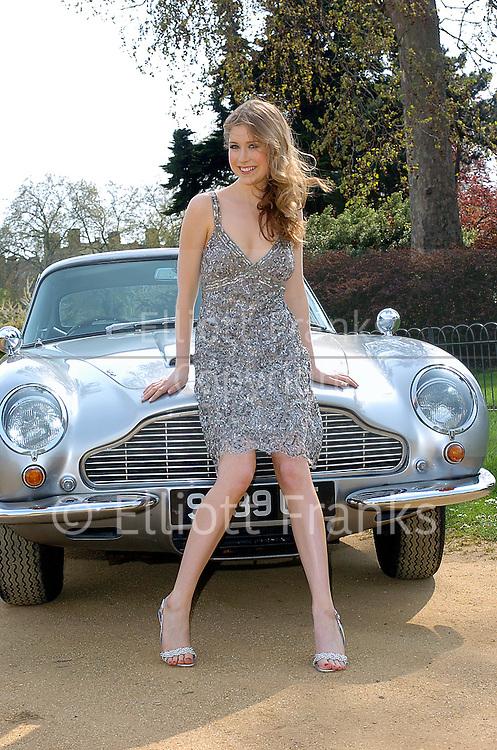 New Aston Martin >> Hayley Westenra | Elliott Franks Photography