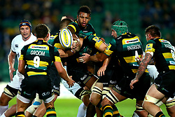 Courtney Lawes of Northampton Saints releases the ball to Nic Groom of Northampton Saints - Mandatory by-line: Robbie Stephenson/JMP - 15/09/2017 - RUGBY - Franklin's Gardens - Northampton, England - Northampton Saints v Bath Rugby - Aviva Premiership