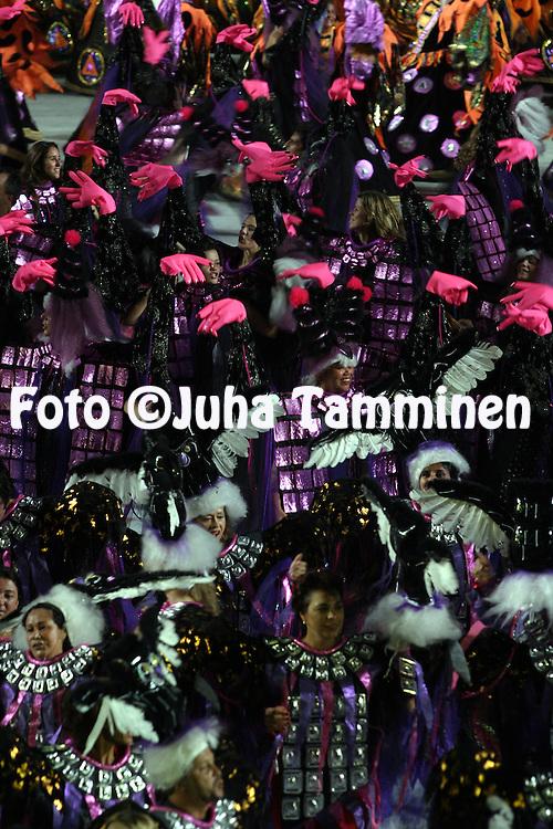 28.02.2004, Samb?dromo, Rio de Janeiro, Brazil..Carnaval 2004 - Desfile das Escolas de Samba, Grupo Especial, Desfile das Campe?s / Carnival 2004 - Parades of the Samba Schools, Champion schools parades..Desfile de / Parade of:  GRES Imperatriz Leopoldinense.©Juha Tamminen.