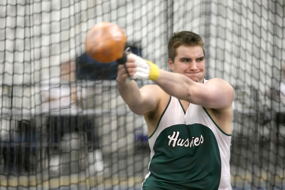 Windsor, Ontario ---13/03/09--- Andrew Smith of  the University of Saskatchewan competes in the men's weight throw at the CIS track and field championships in Windsor, Ontario, March 13, 2009..Sean Burges Mundo Sport Images