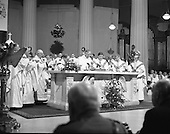 1988 - Episcopal Ordination of Desmond Connell.   (R74).