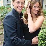 """NLD/Amsterdam/20080529 - Verkiezing Killerlegs on the catwalk """" Mooiste benen van Nederland 2008 """" , Lieke van Lexmond en partner Mark van Eeuwen"""