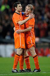 09-02-2011 VOETBAL: NEDERLAND - OOSTENRIJK: EINDHOVEN<br /> Netherlands in a friendly match with Austria won 3-1 / Penalty Dirk Kuyt  NED scored the 3-0 and Mark van Bommel<br /> ©2011-WWW.FOTOHOOGENDOORN.NL