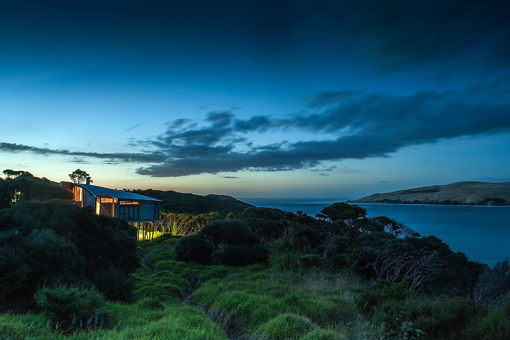 Wishart House, Hokianga Harbour, New Zealand. For Rewi Thompson Architects. Canon 1DS MKII. 24mm TSL. 20 seconds. f8.