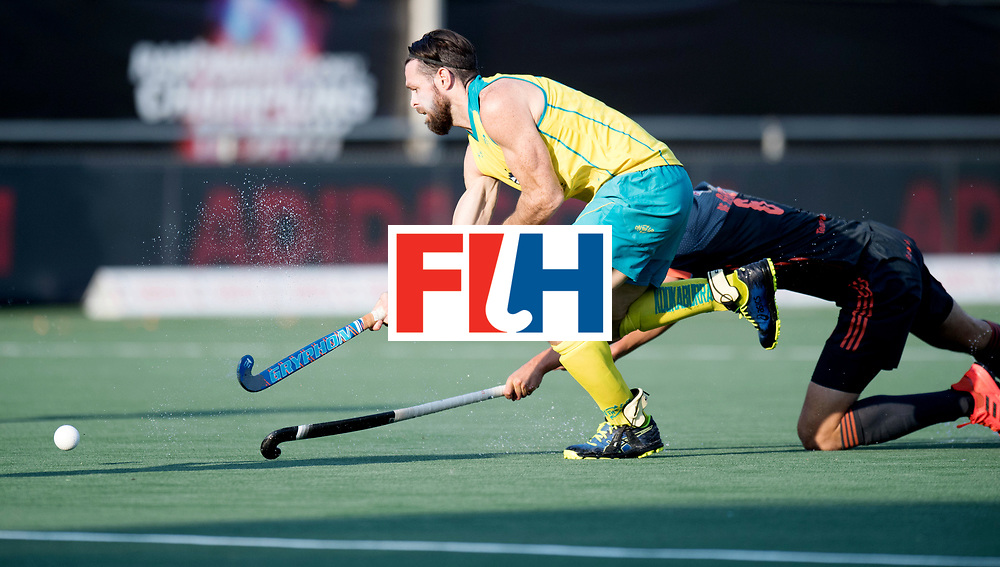 BREDA - Rabobank Hockey Champions Trophy<br /> Netherlands - Australia<br /> Photo: MITTON Trent.<br /> COPYRIGHT WORLDSPORTPICS FRANK UIJLENBROEK