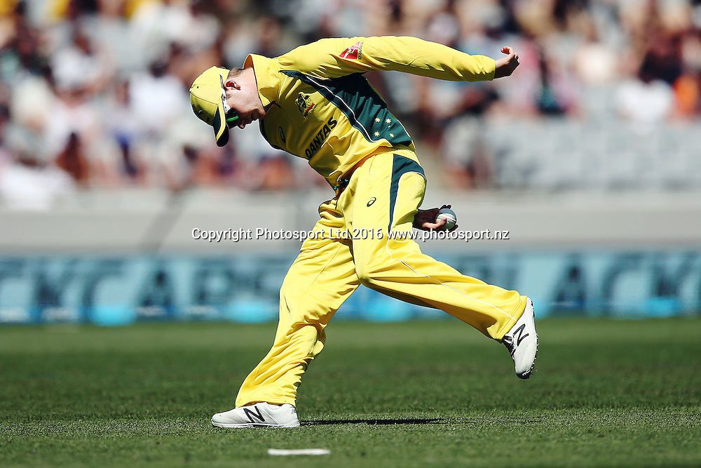 Steven Smith of Australia chases down a ball. ANZ International Series, 1st Chappell-Hadlee Trophy ODI between New Zealand Back Caps and Australia at Eden Park in Auckland, New Zealand. 3 February 2016. Photo: Anthony Au-Yeung / www.photosport.nz
