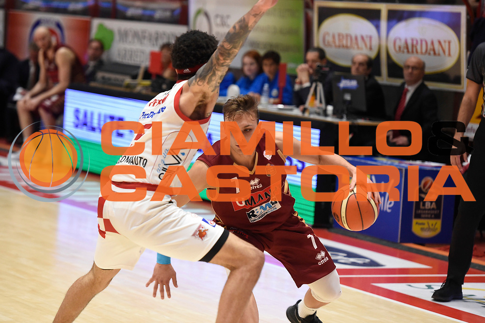 Stefano Tonut<br /> UThe Flexx Pistoia vs Umana Reyer Venezia<br /> Lega A  2016/2017 Quarti di finale Gara 3<br /> Milano 17/05/2017<br /> Foto Ciamillo-Castoria<br /> Provvisorio