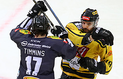 10.12.2017, Albert Schultz Halle, Wien, AUT, EBEL, UPC Vienna Capitals vs Dornbirner Eishockey Club, 27. Runde, im Bild Scott Timmins (Dornbirner Eishockey Club), Tyler Cuma (UPC Vienna Capitals) // during the Erste Bank Icehockey League 27th round match between UPC Vienna Capitals and Dornbirner Eishockey Club at the Albert Schultz Halle in Vienna, Austria on 2017/12/10. EXPA Pictures © 2017, PhotoCredit: EXPA/ Alexander Forst