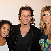NLD/Amsterdam/20100131 - AIFW 2010, inloop modeshow Replay, Leco Zadelhof, Estelle Gullit - Cruijff en dochter Joelle