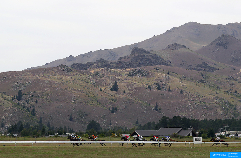 Race horses in action during a day at the Races at the Cromwell Race meeting, Cromwell, Central Otago, New Zealand. 27th November 2011. Photo Tim Clayton