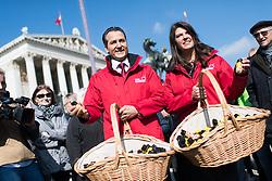 08.03.2017, Parlament, Wien, AUT, Team Stronach, Pfefferspray Verteilaktion am Weltfrauentag. im Bild v.l.n.r. Klubobmann Team Stronach Robert Lugar und Nationalratsabgeordnete Team Stronach Martina Schenk // during distributing of pepper spray to people due to the International Women's Day in Vienna, Austria on 2017/03/08. EXPA Pictures © 2017, PhotoCredit: EXPA/ Michael Gruber