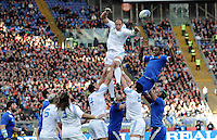 Rome, Italy -Parisse and Dusatoir Touche' during Italia vs Francia race of the championship rugby SIX NATIONS played at the Olimpico in Rome.(Credit Image: © Gilberto Carbonari/).