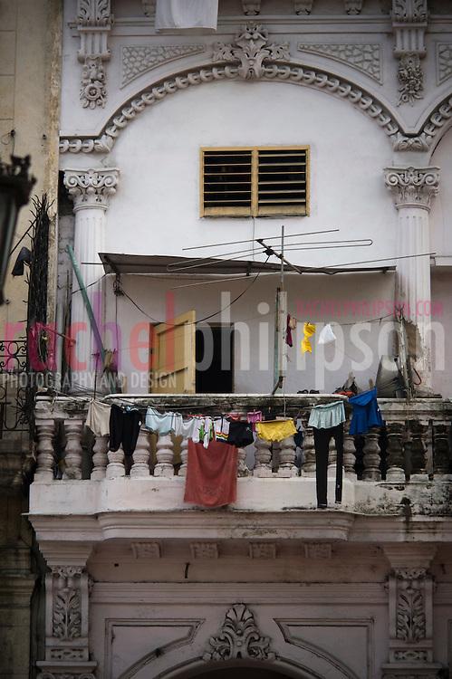Cuba, Havana central, along el prado, architecture, laundry