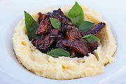 Chicken liver with mashed potatoes