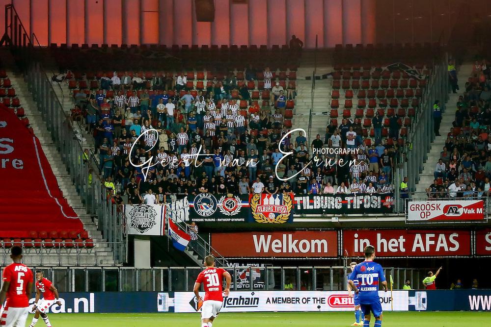 10-09-2016 VOETBAL:AZ-WILLEM II:ALKMAAR<br /> Supporters van Willem II<br /> <br /> Foto: Geert van Erven