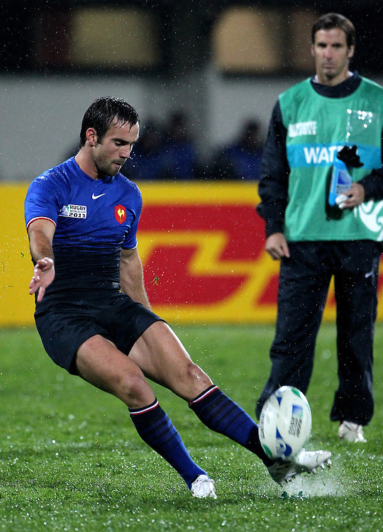 France's Morgan Parra kicks a conversion against Canada in their Rugby World Cup pool match at McLean Park, Napier, New Zealand, Sunday, September 18, 2011. Credit:SNPA / John Cowpland