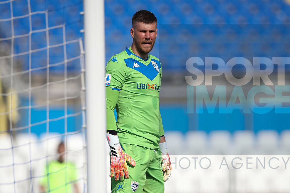 Brescia Calcio's Finnish goalkeeper Jesse Joronen during the Serie A match at Stadio Mario Rigamonti, Brescia. Picture date: 27th June 2020. Picture credit should read: Jonathan Moscrop/Sportimage
