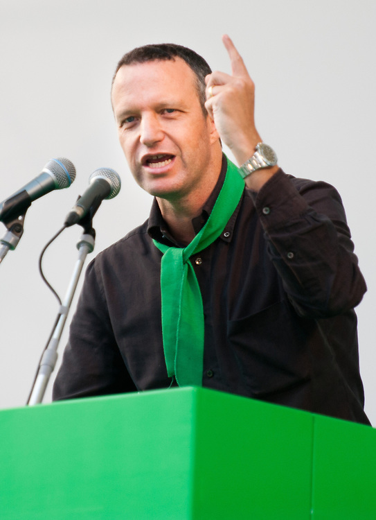 """Umberto Tosi speaks  at Lega Nord rally today in Venice under the slogan """"Prima Il Nord""""  (North First)  the Lega Nord with its new Secretary Roberto Maroni are trying to go back to their  1996 meeting in Venice with its original federalist credo"""