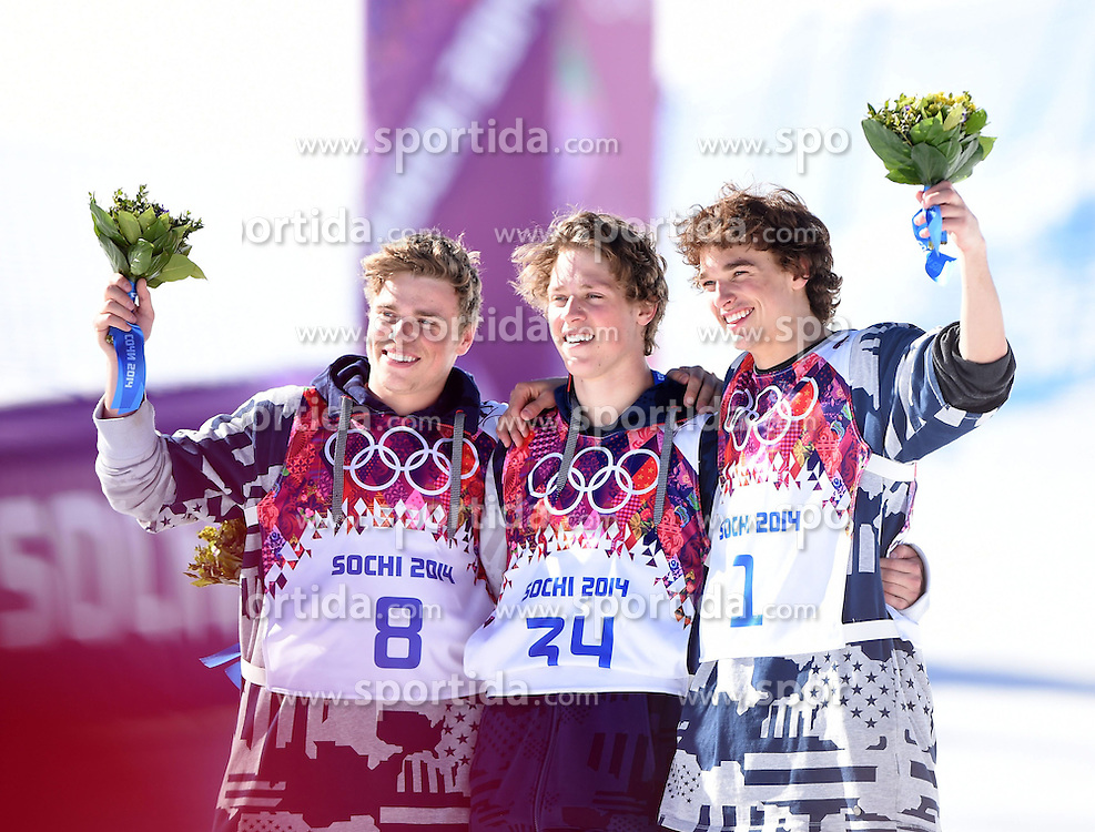 13.02.2014, Rosa Khutor Extreme Park, Krasnaya Polyana, RUS, Sochi, 2014, Herren Slopestyle, im Bild Gold medalist Joss Christensen (C), silver medalist Gus Kenworthy (L) and bronze medalist Nicholas Goepper of the United States pose // Gold medalist Joss Christensen (C), silver medalist Gus Kenworthy (L) and bronze medalist Nicholas Goepper of the United States pose during Mens Slopestyle of the Olympic Winter Games Sochi 2014 at the Rosa Khutor Extreme Park in Krasnaya Polyana, Russia on 2014/02/13. EXPA Pictures &copy; 2014, PhotoCredit: EXPA/ Photoshot/ Fei Maohua<br /> <br /> *****ATTENTION - for AUT, SLO, CRO, SRB, BIH, MAZ only*****