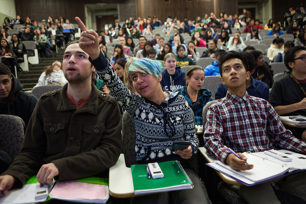 DAVIS, CA - NOVEMBER 17, 2014:  From left, students Tristan Bonds, Dani Refsnider and Leon Palao III work together on a problem during Catherine Uvarov's Chemistry 2A class at UC Davis. CREDIT: Max Whittaker for The New York Times