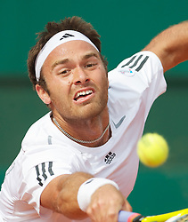 MONTE-CARLO, MONACO - Monday, April 12, 2010: Ross Hutchins (GBR) during the Men's Doubles 1st Round match at the ATP Masters Series Monte-Carlo at the Monte-Carlo Country Club. (Photo by David Rawcliffe/Propaganda)